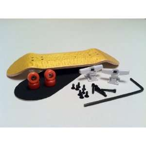 Complete Wooden Fingerboard Trucks, Bearing Wheels, Grip Toys & Games