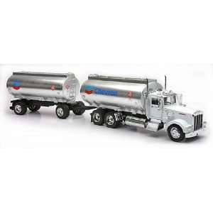 Kenworth Truck & Container   Oil Twin Tanker (Chevron) Toys & Games